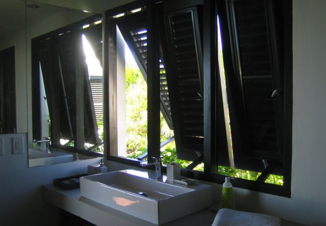 Villa in Blowing Point - Shutters on the Beach 5/6 Bedrooms