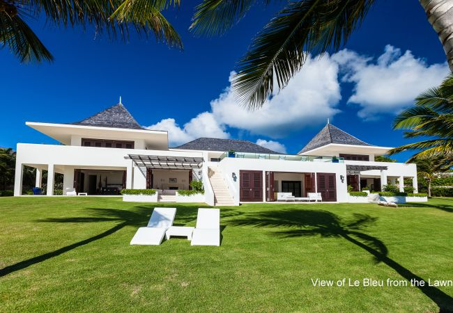 Villa in Little Harbour - Le Bleu Villa 7 Bedroom