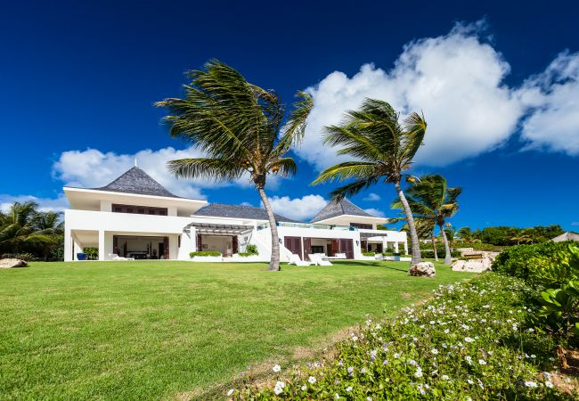 Villa in Little Harbour - Le Bleu 9 Bedroom