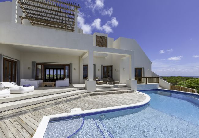 Villa in Long Pond - Colibri 5 Bedroom