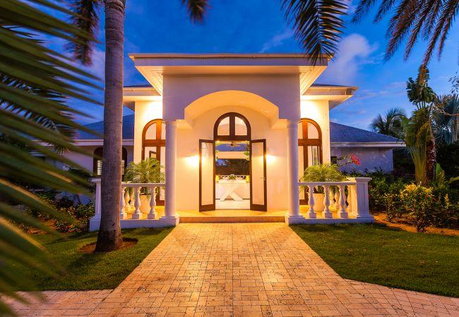 Villa in Little Harbour - Indigo 10 Bedroom