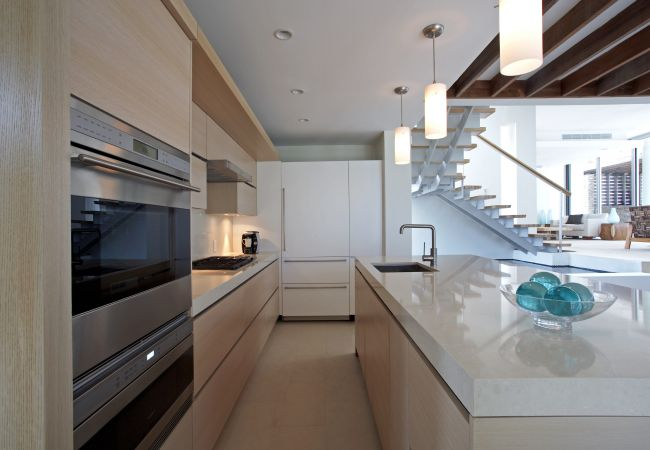 Villa in Crocus Hill - ANI VILLA 10 Bedroom Estate