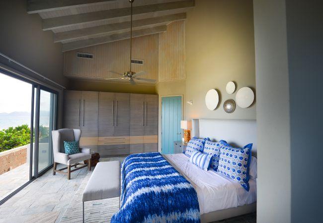 Villa in Lockrum Bay - Solaire Premium 2 Bedroom