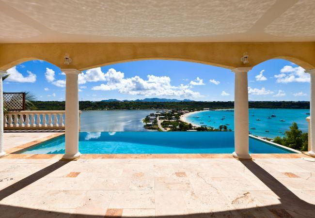 Villa/Dettached house in North Hill - Spyglass Villa 4 Bedroom