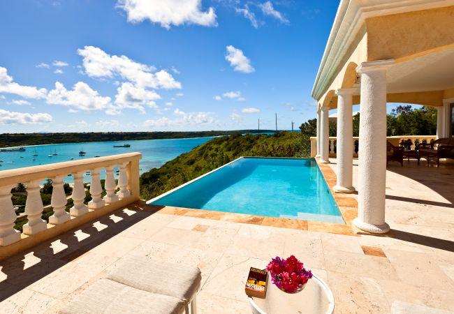 Villa in North Hill - Spyglass Villa 4 Bedroom