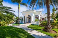 Villa in Little Harbour - Indigo Villa