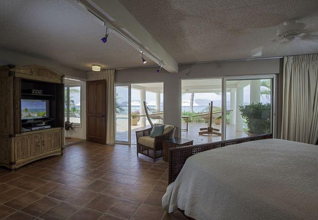 Villa in Blowing Point - Villa Paradise 3 Bedroom