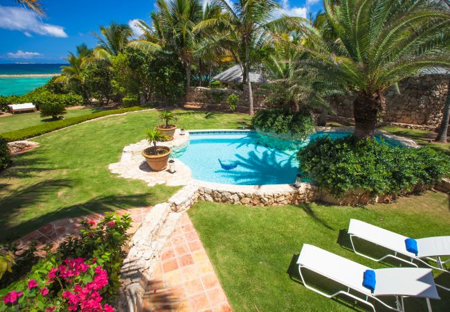 Villa in Little Harbour - Indigo 5 Bedroom