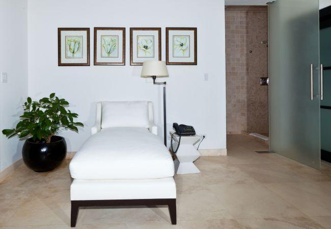 Villa in Little Harbour - Le Bleu Villa 11 Bedroom