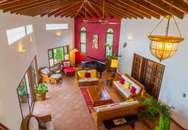 Villa in Blowing Point - Coyaba 5 Bedroom Villa