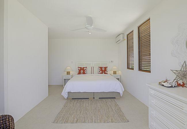 Villa in Long Pond - Colibri 5 Bedroom