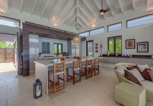 Villa in Little Harbour - Odyssey 3 Bedroom Villa - Kamique