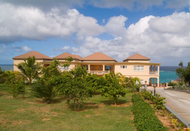 Villa/Dettached house in Shoal Bay - Ultimacy 5 Bedroom Villa