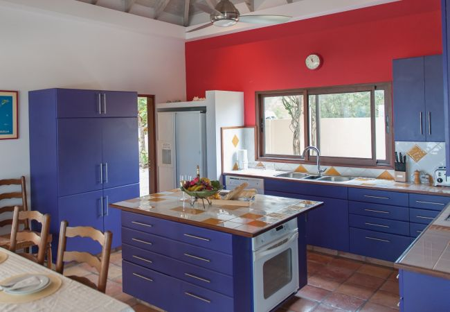 Villa in Meads Bay - Zebra Villa 3 Bedroom