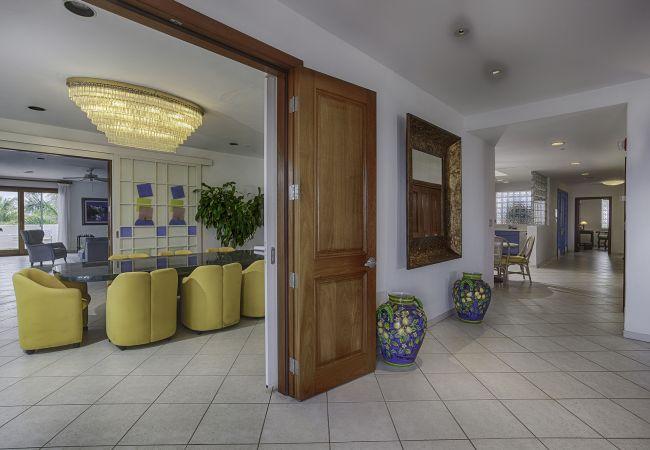 Villa in South Hill - CuisinArt 2 Bedroom Garden Villa