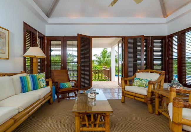 Villa in West End - Beach Palm 2 Bedroom Villa