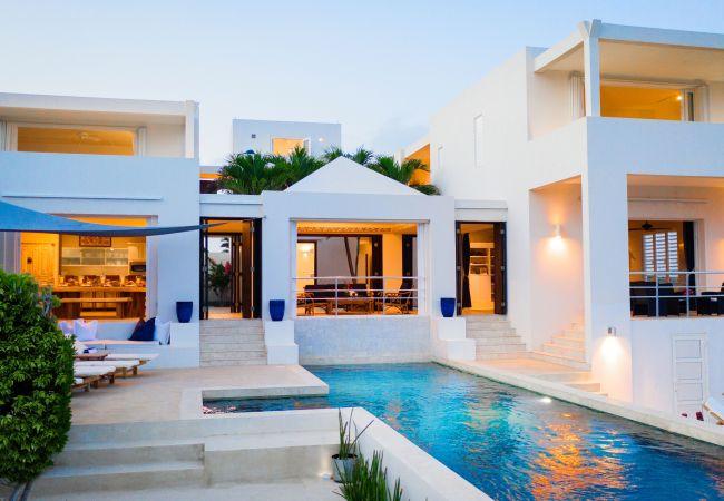 Villa in Little Harbour - Limin' Da Coconut 6 Bedroom