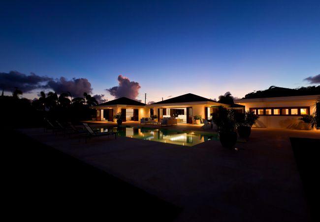 Villa/Dettached house in Little Harbour - Le Bleu Villa