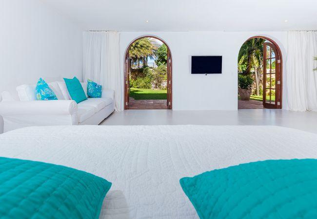 Villa/Dettached house in Little Harbour - Indigo Villa